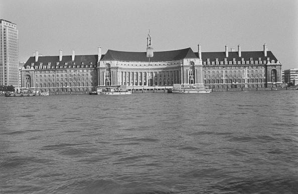 Water's Edge「London County Hall」:写真・画像(19)[壁紙.com]