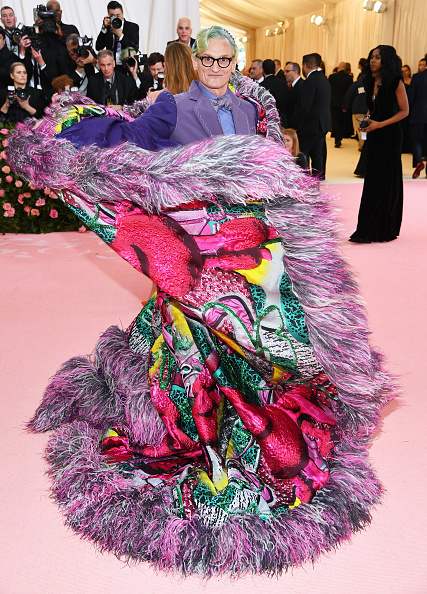 Multi Colored Coat「The 2019 Met Gala Celebrating Camp: Notes on Fashion - Arrivals」:写真・画像(3)[壁紙.com]