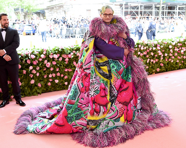 Multi Colored Coat「The 2019 Met Gala Celebrating Camp: Notes on Fashion - Arrivals」:写真・画像(5)[壁紙.com]