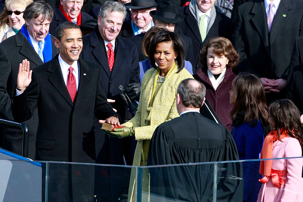 Presidential Inauguration「Barack Obama Is Sworn In As 44th President Of The United States」:写真・画像(5)[壁紙.com]