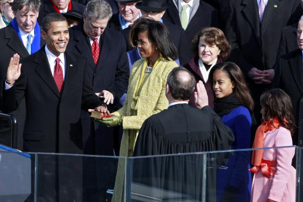 Inauguration Into Office「Barack Obama Is Sworn In As 44th President Of The United States」:写真・画像(11)[壁紙.com]