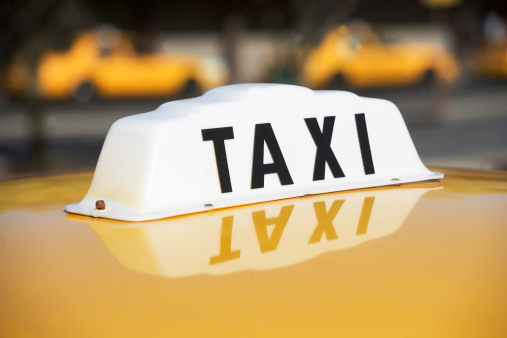 Taxi「USA, New York, Long Island, New York City, Close up of taxi sign」:スマホ壁紙(4)