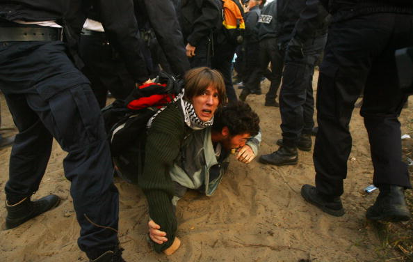 Calais「French Police Prepare To Close Down Illegal Immigrant Camps」:写真・画像(9)[壁紙.com]