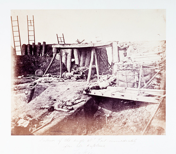 Japan「Interior of the Angle N: Fort immediately after its capture, China, 21 August 1860.」:写真・画像(15)[壁紙.com]