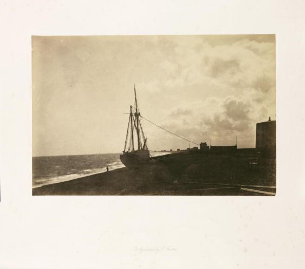 Superb view「On the Beach, Hythe, 1860.」:写真・画像(13)[壁紙.com]