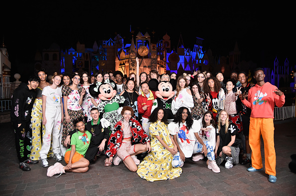 """Opening Ceremony「Disney kicks off """"Mickey the True Original"""" campaign in celebration of Mickey's 90th anniversary with a fashion show at Disneyland featuring a Mickey-inspired collection by Opening Ceremony」:写真・画像(9)[壁紙.com]"""