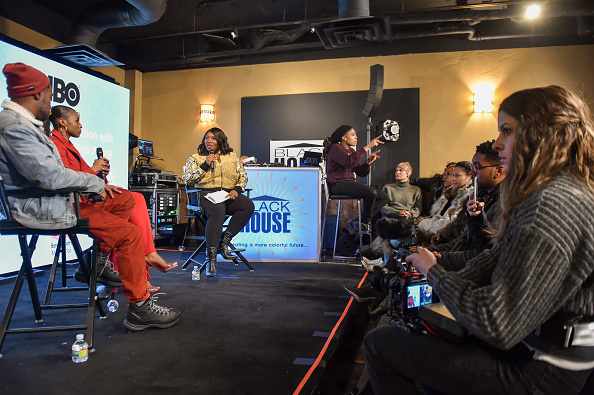 """J R Smith「""""A Lowkey Conversation With Issa Rae And Prentice Penny"""" Moderated By Bevy Smith」:写真・画像(15)[壁紙.com]"""