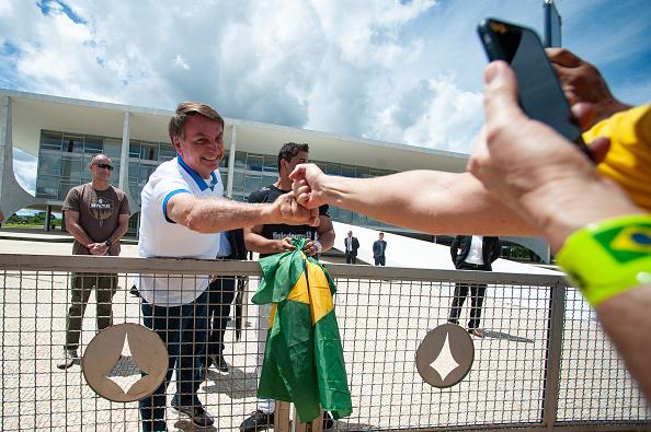 Brasilia「Manifestations In Favor President Jair Bolsonaro Amidst the Outbreak of the Coronavirus」:写真・画像(1)[壁紙.com]