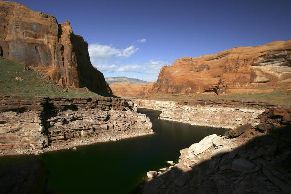 Arizona「Drought And Climate Change Threaten Colorado River Basin」:写真・画像(8)[壁紙.com]