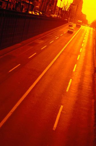 Dividing Line - Road Marking「Street at Sunset in Paris, France」:スマホ壁紙(8)
