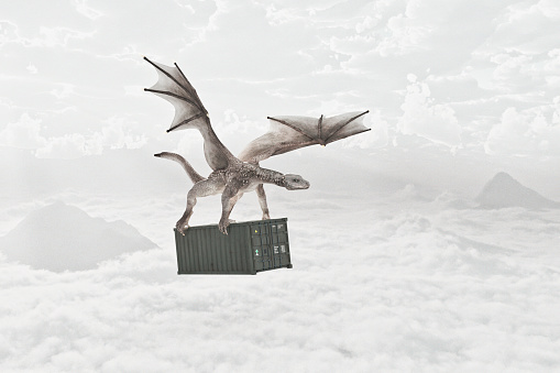 Dragon「Flying dragon carrying cargo container in clouds」:スマホ壁紙(14)
