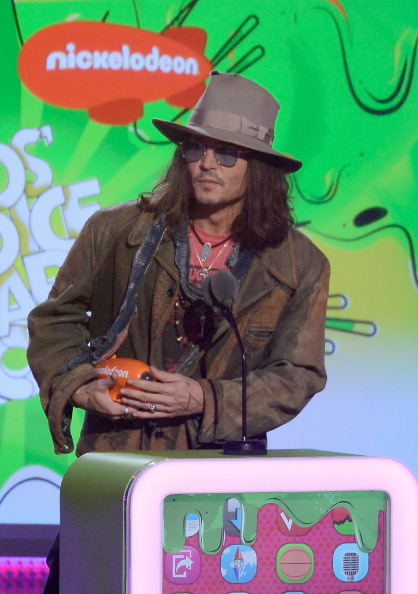 ダーク・シャドウ「Nickelodeon's 26th Annual Kids' Choice Awards - Show」:写真・画像(4)[壁紙.com]