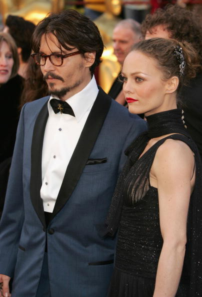 Cross Shape「77th Annual Academy Awards - Arrivals」:写真・画像(10)[壁紙.com]