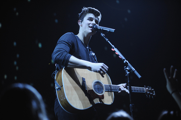 Radio City Music Hall「Shawn Mendes Performs At Sold Out Radio City Music Hall」:写真・画像(16)[壁紙.com]