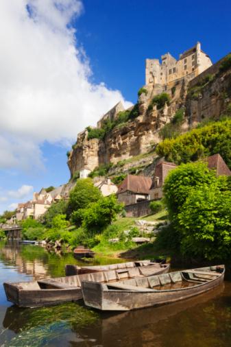Nouvelle-Aquitaine「Castle and river Dordogne」:スマホ壁紙(2)