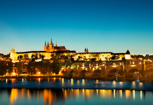 St Vitus's Cathedral「Castle and St Vitus Cathedral with Charles Bridge」:スマホ壁紙(12)