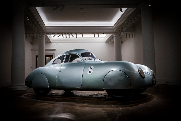 Tristan Fewings「Sotheby's Porsche Sale Preview」:写真・画像(2)[壁紙.com]