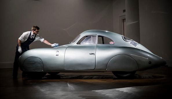 Tristan Fewings「Sotheby's Porsche Sale Preview」:写真・画像(5)[壁紙.com]