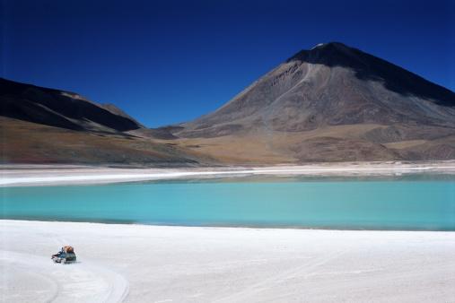 アタカマ「Chile, Atacama, Laguna Verde, off road 4X4」:スマホ壁紙(11)
