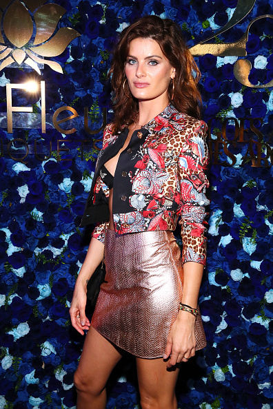 Rolled-Up Sleeves「What Goes Around Comes Around 25th Anniversary Celebration At The Versace Mansion With a Retrospective Tribute To Gianni Versace」:写真・画像(19)[壁紙.com]