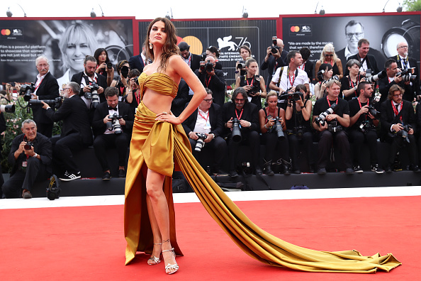 "Venice International Film Festival「""La Vérité"" (The Truth) And Opening Ceremony Red Carpet Arrivals - The 76th Venice Film Festival」:写真・画像(8)[壁紙.com]"