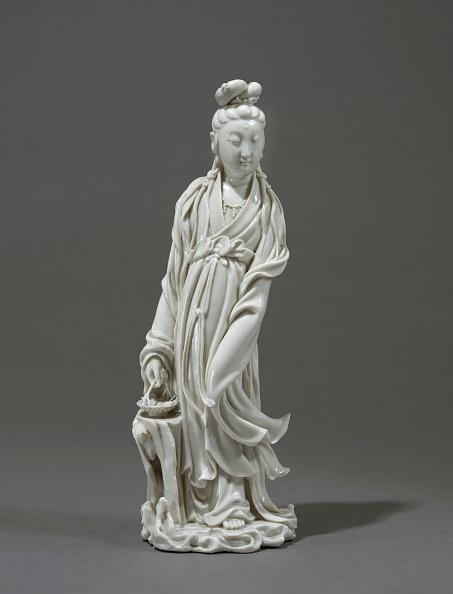 Bodhisattva「Dehua Ware Figure Of The Bodhisattva Guanyin」:写真・画像(5)[壁紙.com]