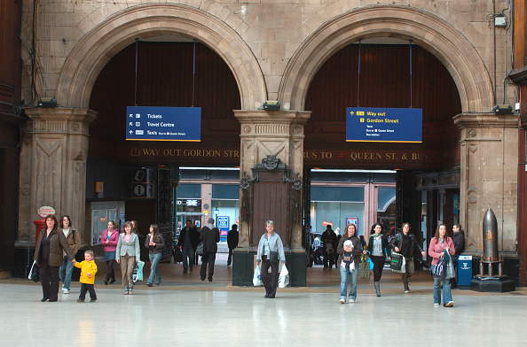 Station「Glasgow Central Station. Concourse area. April 2005.」:写真・画像(6)[壁紙.com]