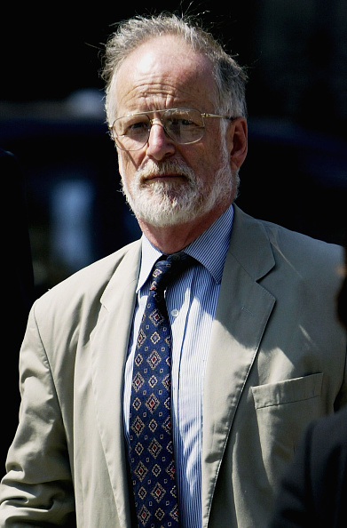 Advice「Lord Hutton Chairs Inquiry Into The Death Of Weapons Expert Dr. David Kelly 」:写真・画像(16)[壁紙.com]