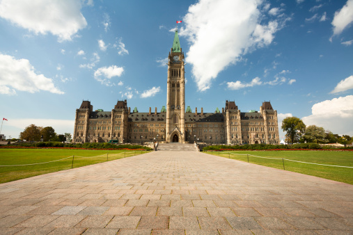Parliament Building「Government Building on Parliament Hill in Ottawa」:スマホ壁紙(19)