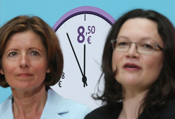 Corporate Business「Social Democrats Champion Minimum Wage Initiative」:写真・画像(13)[壁紙.com]