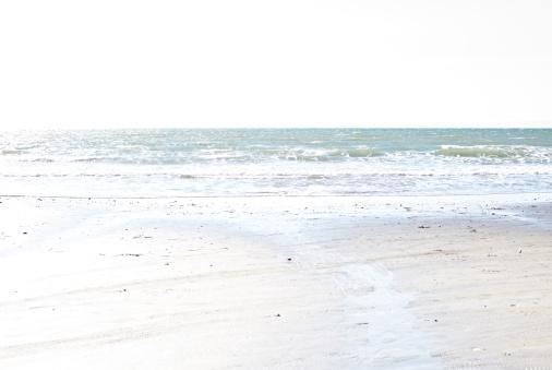 Kamakura City「seeing ocean from the beach 02」:スマホ壁紙(14)