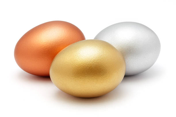 Golden silver and bronze eggs:スマホ壁紙(壁紙.com)