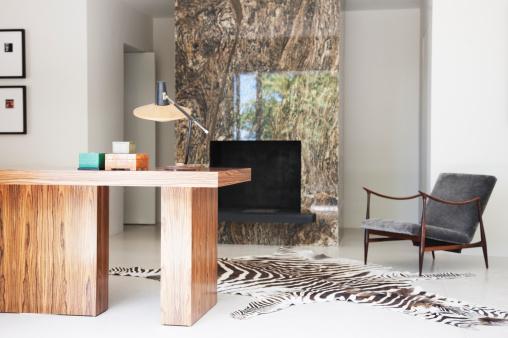 Zebra「Home office」:スマホ壁紙(5)