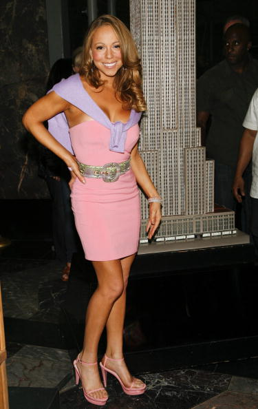 Empire State Building「Mariah Carey Lights Empire State Building To Celebrate Her New Album」:写真・画像(5)[壁紙.com]