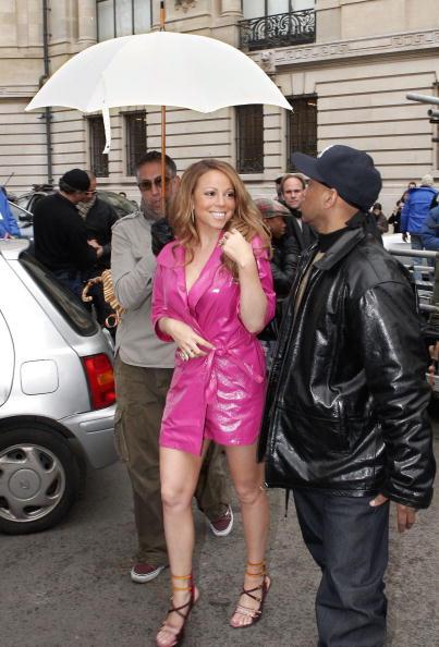 Umbrella「Mariah Carey Shoots Video For New Single In Paris」:写真・画像(14)[壁紙.com]