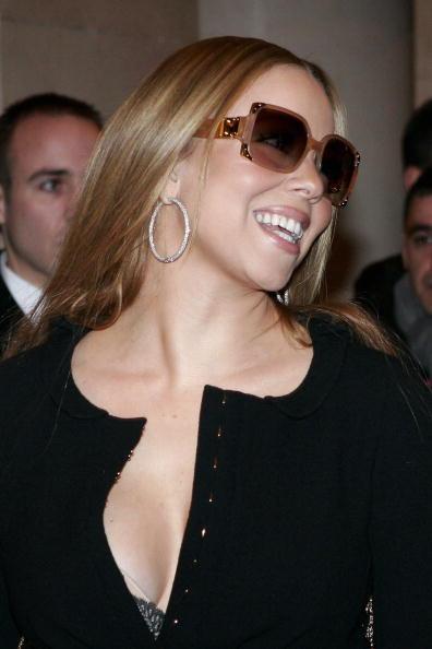 Sunglasses「Mariah Carey and Pharrell Williams In Paris」:写真・画像(1)[壁紙.com]
