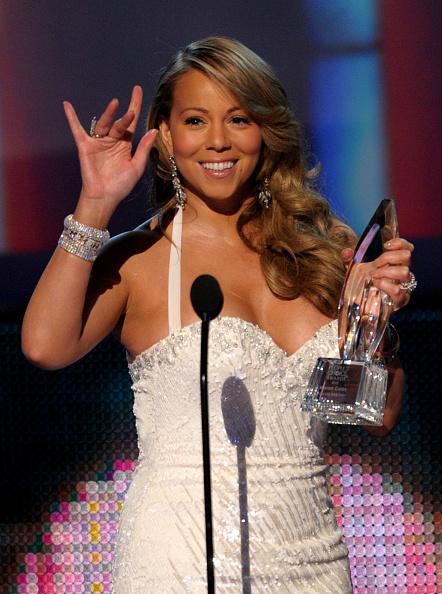 Halter Top「People's Choice Awards 2010 - Show」:写真・画像(4)[壁紙.com]