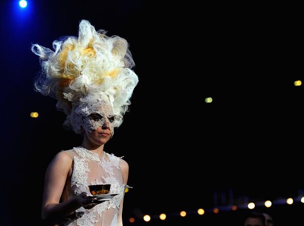 Clothing「The Brit Awards - Show」:写真・画像(18)[壁紙.com]