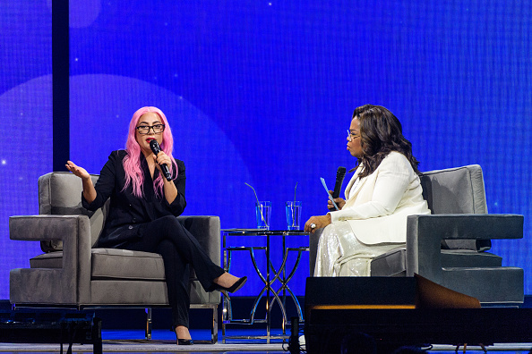 Oprah Winfrey「Oprah's 2020 Vision: Your Life in Focus Tour With Special Guest Lady Gaga」:写真・画像(9)[壁紙.com]