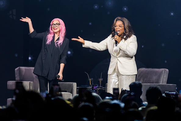 Oprah Winfrey「Oprah's 2020 Vision: Your Life in Focus Tour With Special Guest Lady Gaga」:写真・画像(16)[壁紙.com]