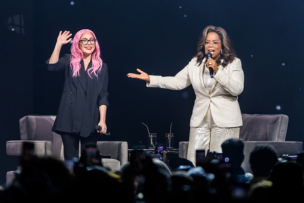 Oprah Winfrey「Oprah's 2020 Vision: Your Life in Focus Tour With Special Guest Lady Gaga」:写真・画像(18)[壁紙.com]