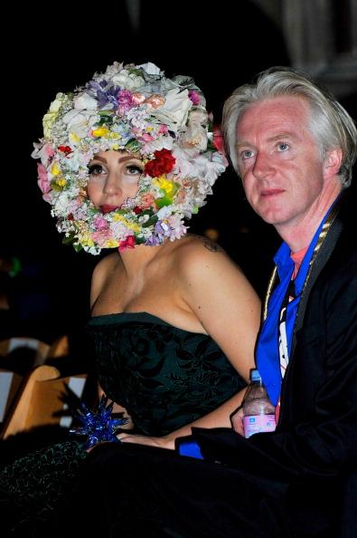 ロンドンファッションウィーク「LFW SS2013: Philip Treacy Front Row」:写真・画像(18)[壁紙.com]