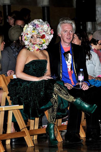 Alexander McQueen - Designer Label「LFW SS2013: Philip Treacy Front Row」:写真・画像(13)[壁紙.com]