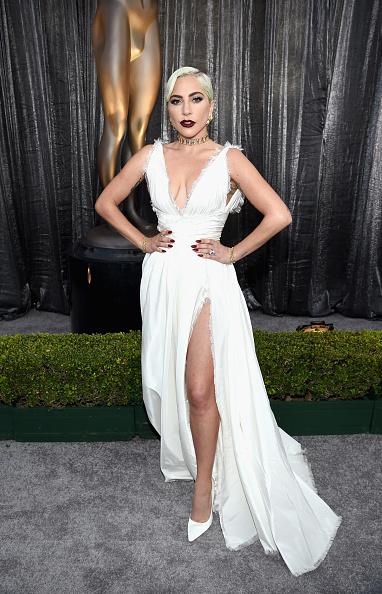 25th Screen Actors Guild Awards「25th Annual Screen Actors Guild Awards - Red Carpet」:写真・画像(8)[壁紙.com]