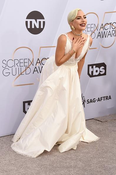 クリスチャンディオールのドレス「25th Annual Screen Actors Guild Awards - Arrivals」:写真・画像(6)[壁紙.com]