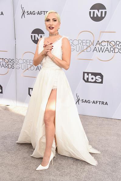 クリスチャンディオールのドレス「25th Annual Screen Actors Guild Awards - Arrivals」:写真・画像(7)[壁紙.com]