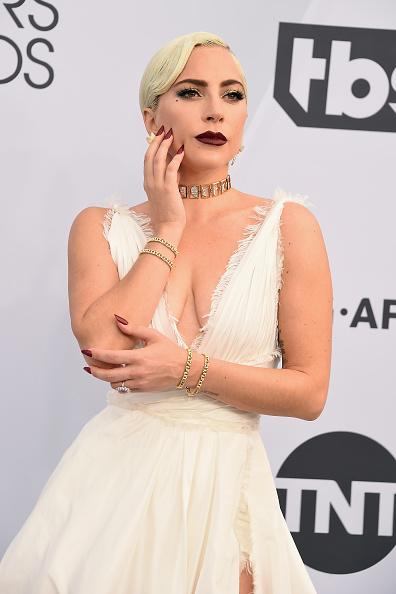 クリスチャンディオールのドレス「25th Annual Screen Actors Guild Awards - Arrivals」:写真・画像(8)[壁紙.com]