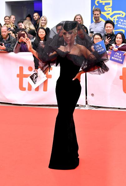 "Toronto「2018 Toronto International Film Festival - ""A Star Is Born"" Premiere - Arrivals」:写真・画像(4)[壁紙.com]"