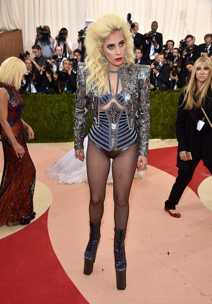 """Leather Jacket「""""Manus x Machina: Fashion In An Age Of Technology"""" Costume Institute Gala - Arrivals」:写真・画像(14)[壁紙.com]"""