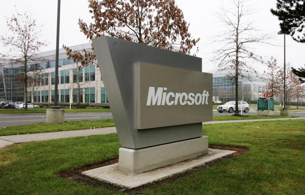 Microsoft「Microsoft Announces 5,000 Job Cuts Amid Weak 2nd Quarter Earnings」:写真・画像(2)[壁紙.com]